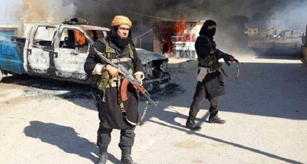 IŞİD Ramadi'de bir köprüyü havaya uçurdu