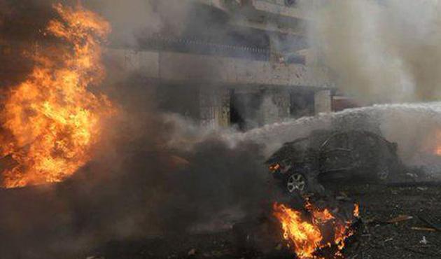 Kahire'de bombalı saldırı: 1 ölü 9 yaralı