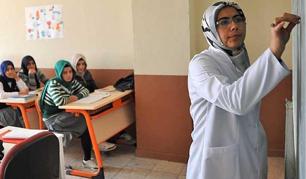 Türkiye'de 115 bin yeni öğretmen ihtiyacı var