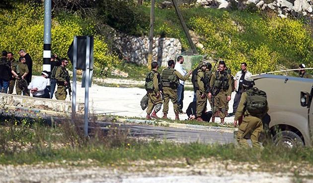 İsrail askeri yürüyüş yapan Filistinlilere saldırdı