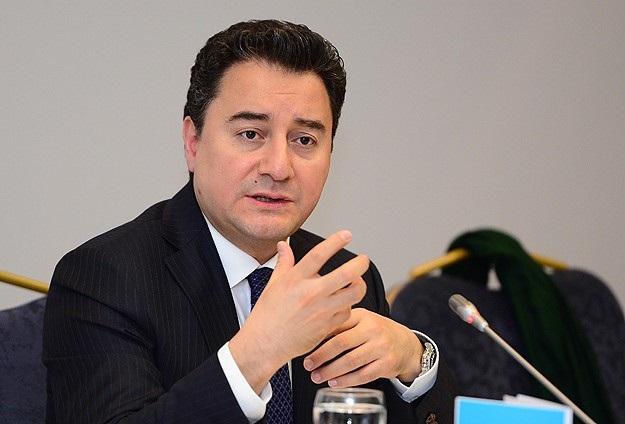 Ali Babacan: Halkın duruşu büyük felaketi engelledi