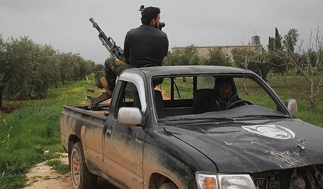Halep'te muhalifler 30 Suriye askerini öldürdü