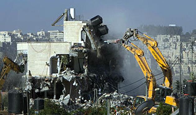 İsrail, Kudüs'te bir Filistinli ailenin evini yıktı
