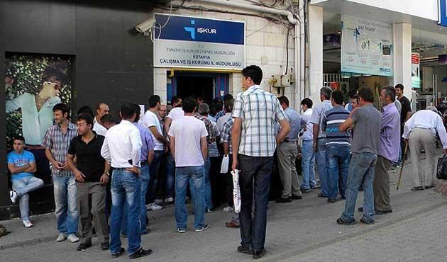 İşsizlik maaşına başvuranların sayısı arttı
