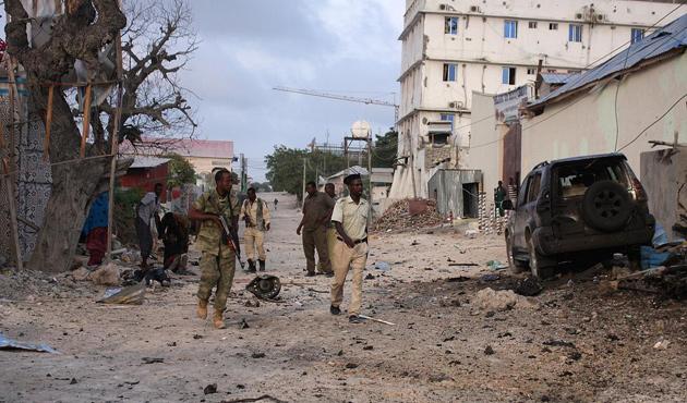 Somali'de askeri üsse saldırı