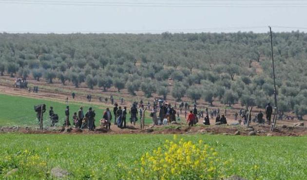 Suriye'den Türkiye'ye kaçış yine hızlandı