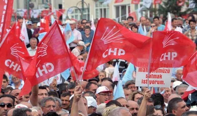 CHP ve MHP'de iki aday çekildi