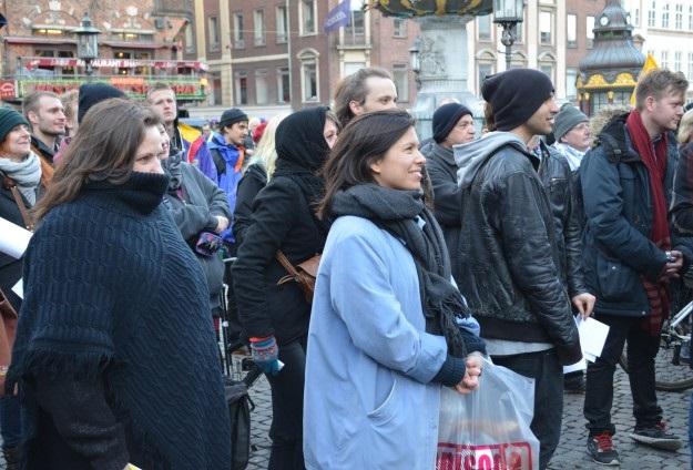 PEGIDA yanlıları ve karşıtları gösteri yaptı
