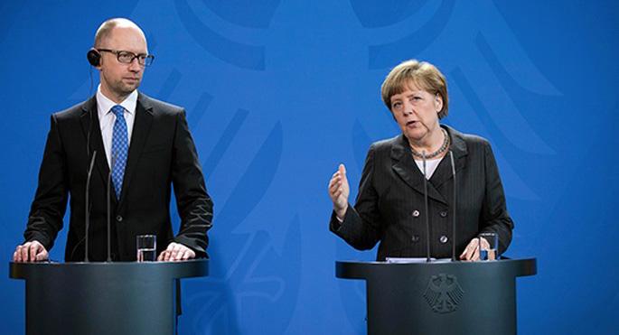 Ukrayna Başbakanı Jazenyuk, Merkel'le görüştü
