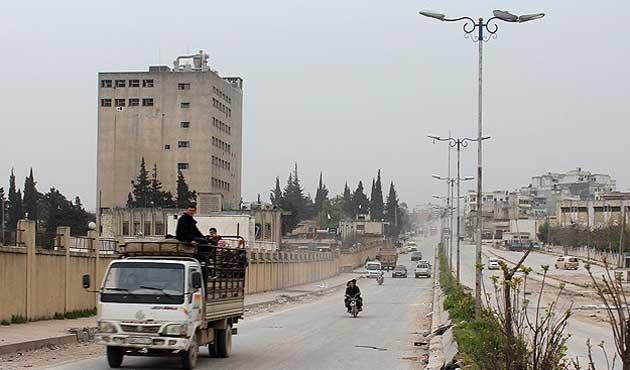 Suriye'de muhalifler Kuneytra'yı kuşattı