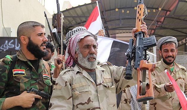 Şii milisler Tikrit'ten çekiliyor