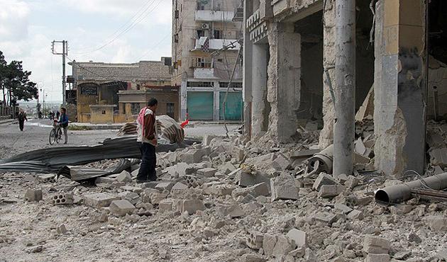 ABD uçaklarının vurduğu Halep'te ölü sayısı artıyor