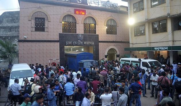 Bangladeş'te beş İslamcı lider daha idamı bekliyor