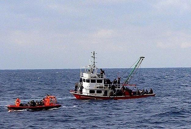 Akdeniz'de 400 kişiye hala ulaşılamadı