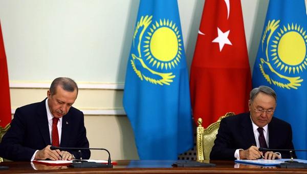 Erdoğan, Rusya için Nazarbayev'i aradı