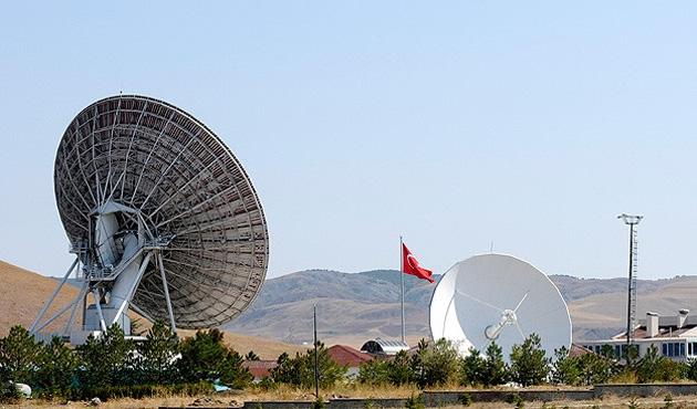 Yerli uydu için çalışmalar başladı