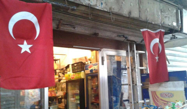 Lübnan'da 'soykırım tatiline' Türk bayraklı boykot