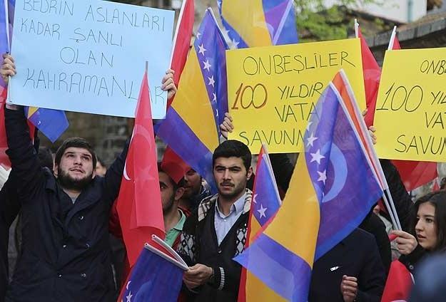 Balkanlar'da Ermeni iddialarına 'bayraklı' tepki