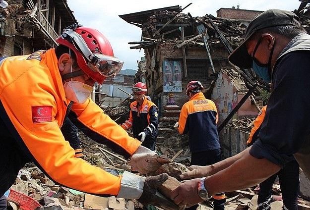 Yardım kuruluşları Nepal için seferber oldu