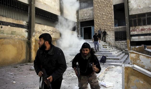 ÖSO: Rejim İdlib'de son kozlarını oynuyor