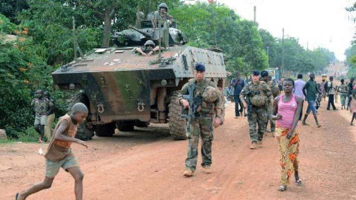 Fransız askerlerinin Afrika'dan çekiliş tarihi açıklandı