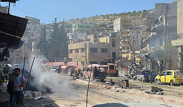 İdlib'de 'vakum bombalı' saldırılar: 47 ölü