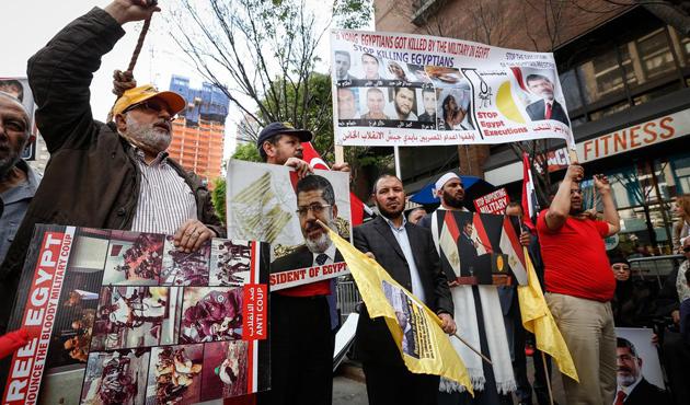 Mursi'ye idam, New York'ta protesto edildi
