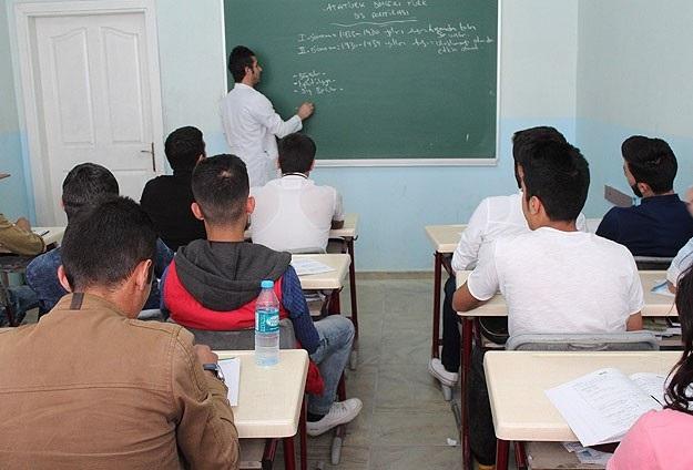 Sahte diplomalı 30 öğretmen gözaltında