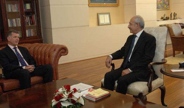 İngiliz elçiden CHP'ye 'koalisyon' ziyareti