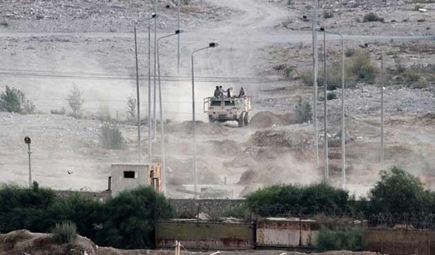 Sina'daki saldırıda üç Mısır askeri öldü