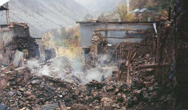 Başbağlar Köyü 22 yıldır yanıyor