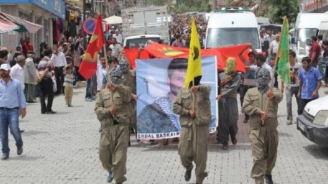 Suriye'de çatışmada ölen YPG'li Van'da defnedildi