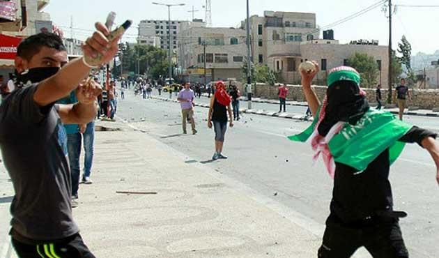 İsrail taş atanlara 20 yıl hapis cezası verecek