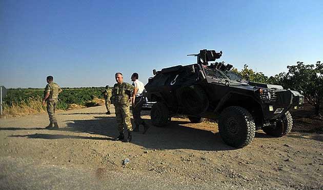 Cizre'de sınıra tanklar konuşlandırıldı