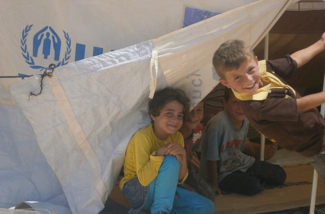 BM Suriyeli mültecilere yardımın yarısını kesti