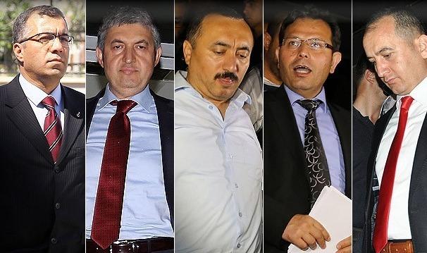 Tutuklu komutan ve dört savcı Ankara'da