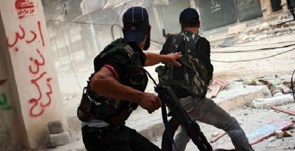 'İran, Suriye'ye savaşçı taşıyor' iddiası