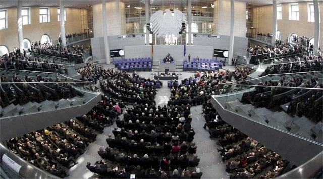 Almanya, istihbaratı daha sıkı kontrol etmek istiyor