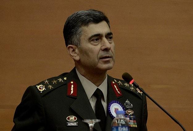 Kara Kuvvetleri Komutanlığında devir teslim