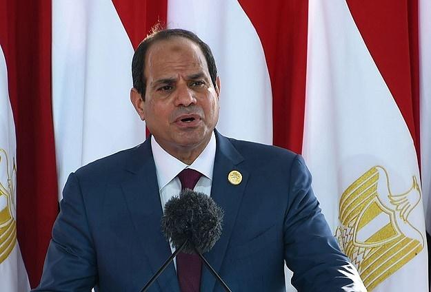 Sisi kötü gidişatın faturasını hükümete kesti