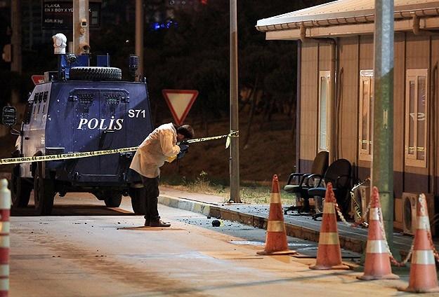 Mahmutbey Gişelerinde silahla saldırı
