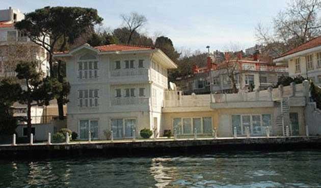 Erbakan ailesinin yalısı satışa çıkarıldı