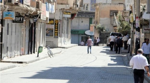 Cizre'de ölü sayısı arttı, sokağa çıkma yasağı sürüyor
