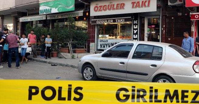 Sultangazi'de uzun namlulu silahla soygun