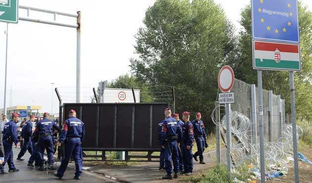 Macaristan Slovenya sınırına da tel örgü çekiyor