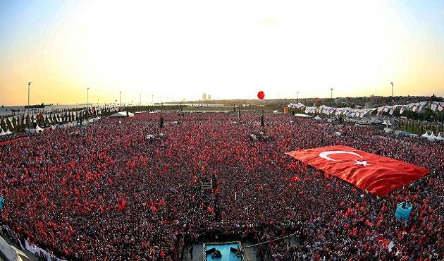 AK Parti'nin Yenikapı mitingi başladı