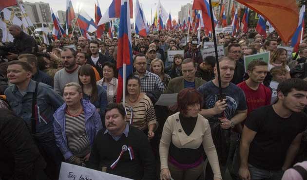 Rusya'da muhaliflerden miting