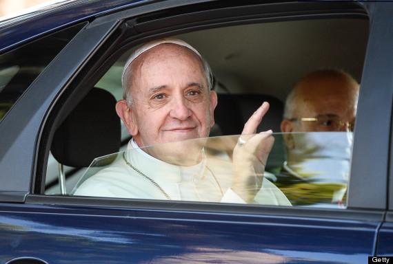 Papa kiliseyi eleştirdi