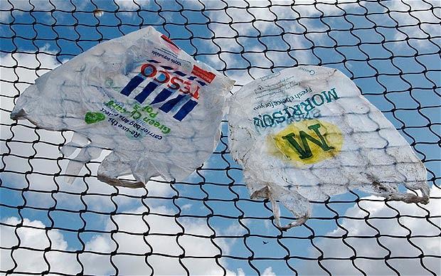 Hollanda bedava plastik poşetleri yasaklıyor