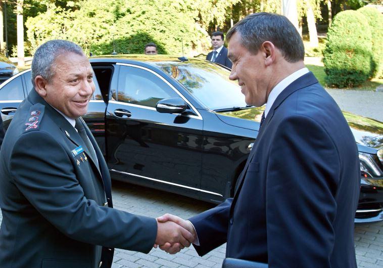 Rus generaller Tel Aviv'de